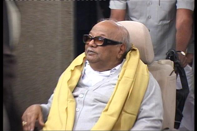 Tie-up with secular party for next Lok Sabha poll: Karunanidhi