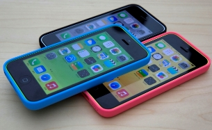Apple launches 8GB variant of iPhone 5C in India at Rs 37500