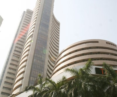 Sensex up 91 points in early trade