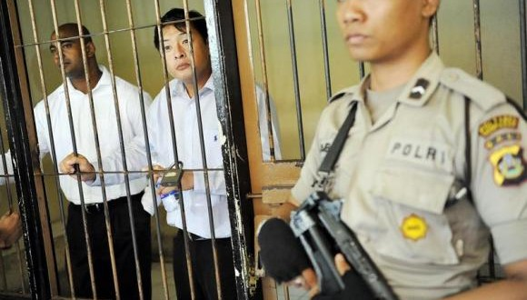 Australia ratchets up pressure on Indonesia over executions
