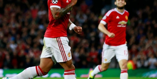 New signing Memphis Depay strikes twice as Manchester United beat Bruges in playoffs