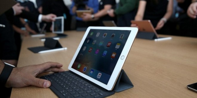 Apple's 9.7 Inch iPad Pro Portable Powerful and a Little Puzzling