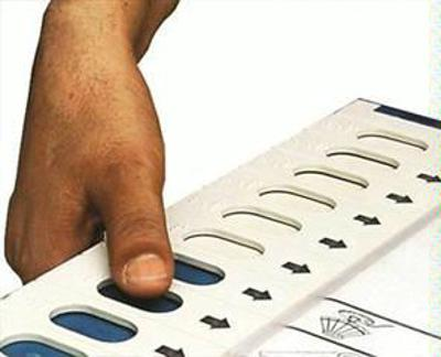 Bengal: Cong pitches for another 23 seats, friendly fights in at least 7 places