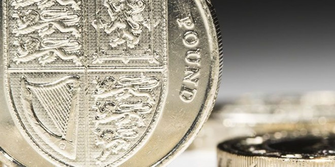Pound hits lowest level since 1985