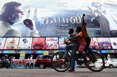 Kabali frenzy sends ticket prices soaring