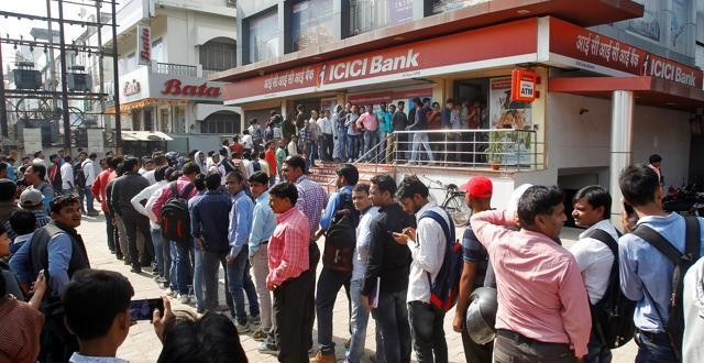 Supreme Court refuses to stay govt's order on demonetisation
