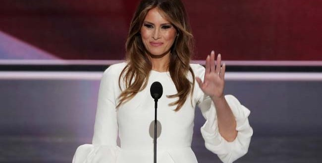 Melania Trump And Michelle Obama Carry On An Awkward Tradition, Too