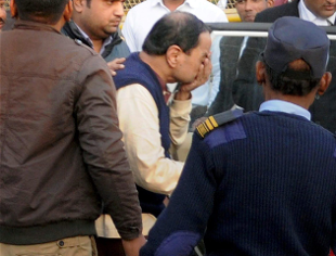ED arrests Kolkata businessman Paras Mal Lodha who changed Rs 25 crore old notes
