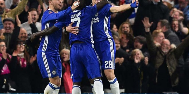 FA Cup: Antonio Conte, Jose Mourinho Feud As N'Golo Kante Sinks Manchester United