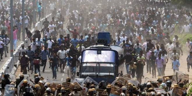10 killed in police firing as anti-Sterlite rally turns violent in Thoothukudi